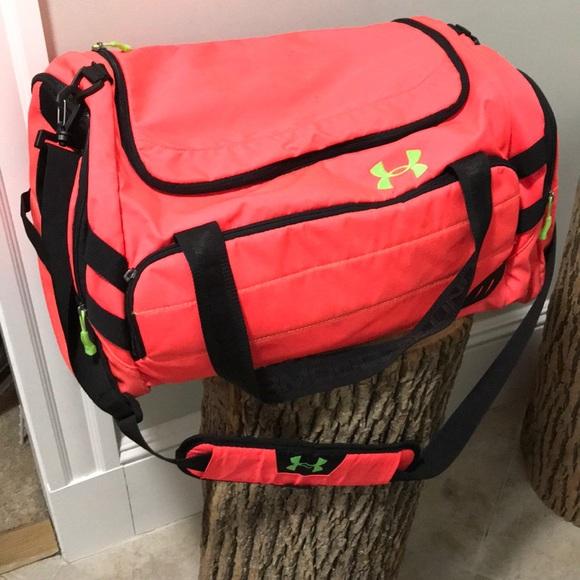 bd2a3d7e82d1 Orange Under Armor gym travel bag